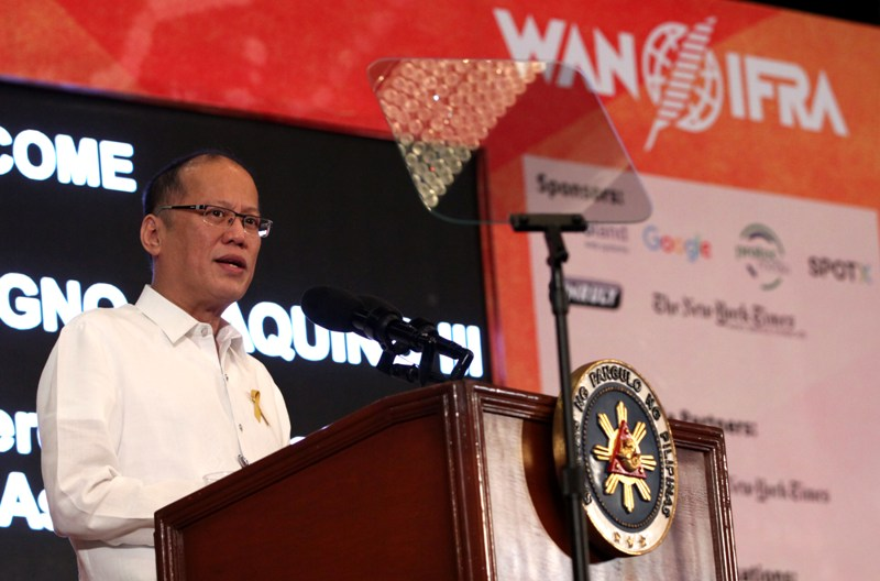 "President Benigno ""Noynoy"" Aquino lll delivers his speech during the opening ceremony of Publish Asia 2016 Conference, with the theme ""Mapping Challenges and Opportunities in the New Asian Media Game,"" held at the Manila Hotel in One Rizal Park in Manila, Wednesday, March 30, 2016.  (Photo by Benhur Arcayan/Malacañang Photo Bureau)"