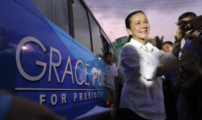 Presidential aspirant Senator Grace Poe campaigning in Bulacan  (Photo from Poe's official Facebook page)