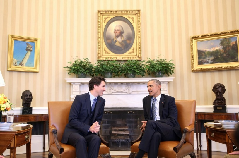 Prime Minister Justin Trudeau (left) speaks with US President Barack Obama (right) at the White House during the Prime Minister's state visit to the United States. (Photo: Canadian PM | Twitter)