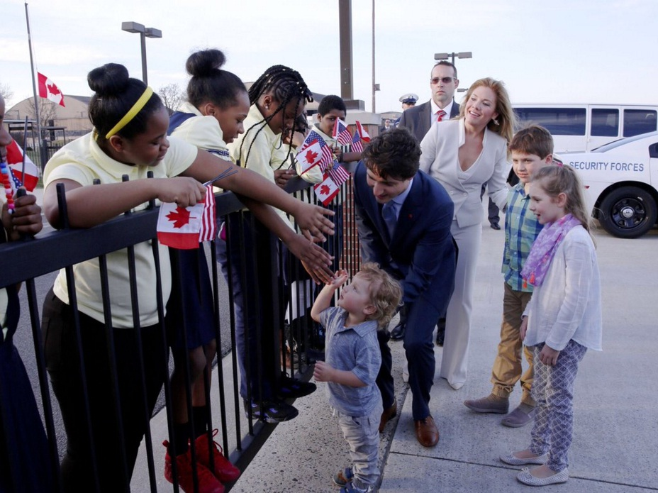 Prime Minister Justin Trudeau with his family in Washington D.C. (Photo from PM Trudeau's official Twitter account)
