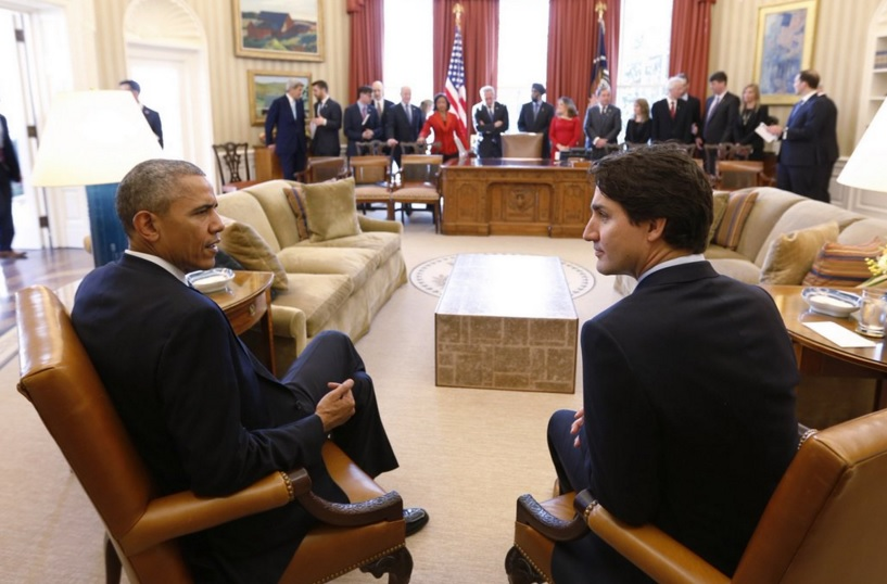 US President Barack Obama (left) speaks with Prime Minister Justin Trudeau (right) at the White House during the Prime Minister's state visit to the United States, the first in 19 years. (Photo: Canadian PM | Twitter)