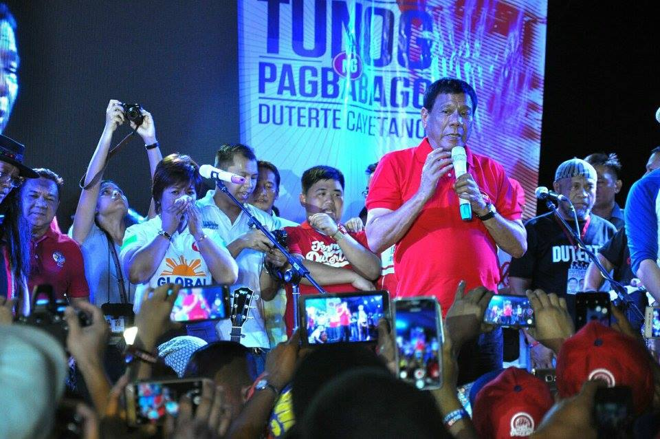 "With the theme ""Ipanalo ang Pagbabago,"" the campaign seeks to raise funds for Duterte's charitable projects in Davao City and elsewhere in the country. (Photo: Rody Duterte/Facebook)"