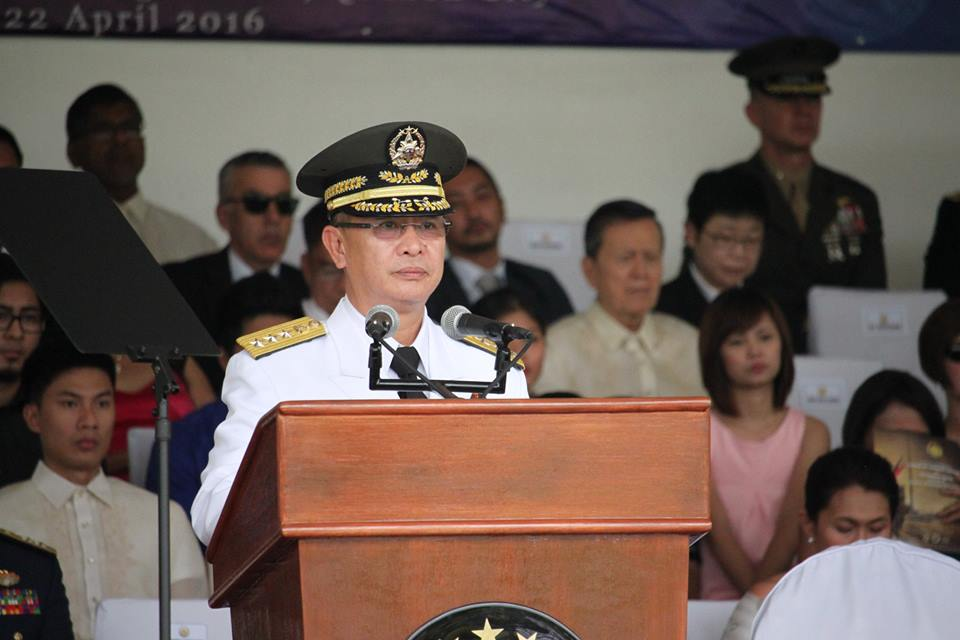 Acting AFP Chief Lt. Gen. Glorioso Miranda replaces outgoing Armed Forces of the Philippines Chief of Staff General Hernando Iriberri. (Photo by Jerome Paunan/PIA-NCR)