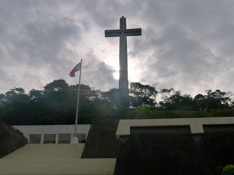 Mount Samat Memorial Complex in Pilar, Bataan (Photo from Wikipedia/SamTan)