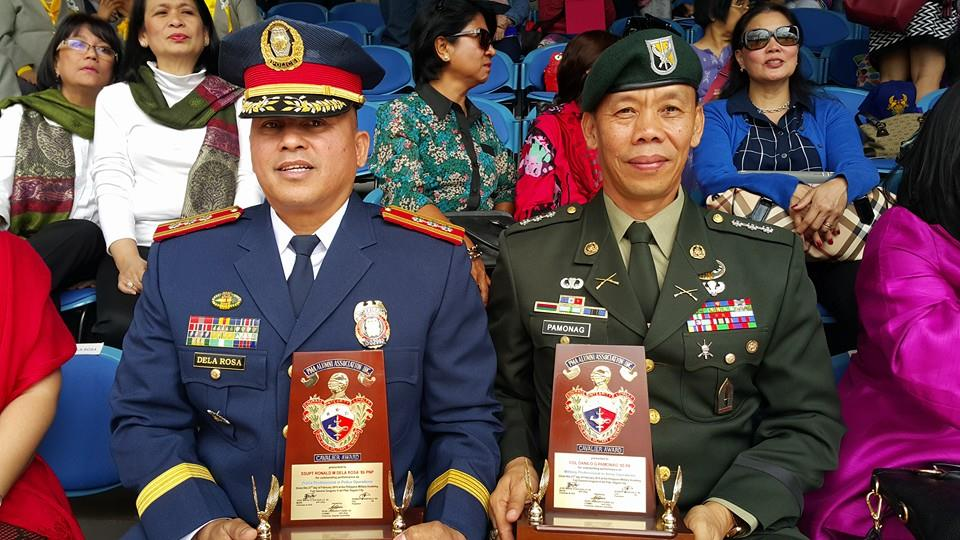 Dela Rosa (left) reminded his fellow policemen that he will be a strict father figure to those under his supervision and will discipline officials who are involved in illegal acts especially those involved in drugs. (Facebook photo)
