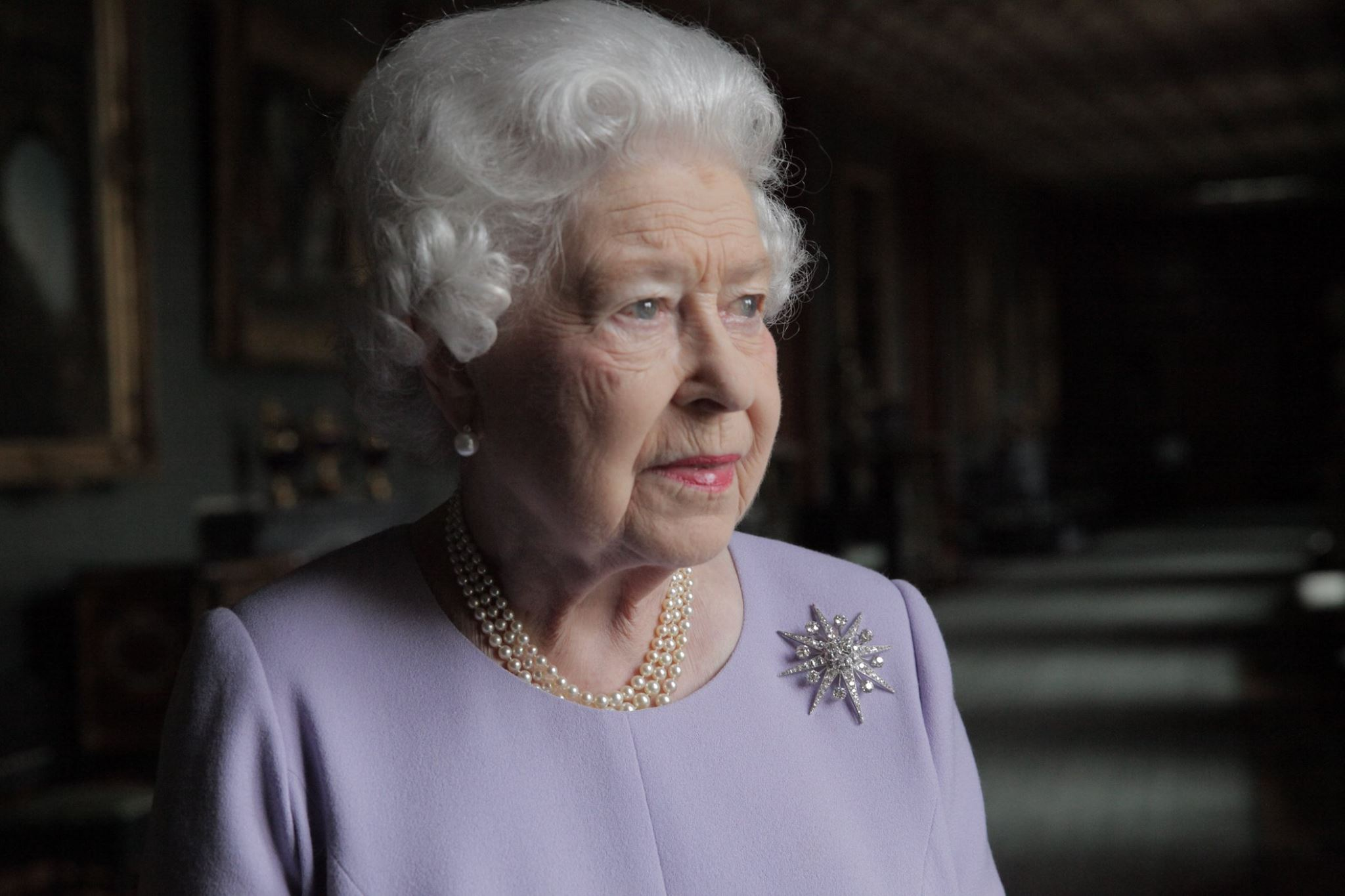 """In the video, an official introduced the queen to D'Orsi and explains that the officer was in charge of policing for the visit. The queen responded: """"Oh! Bad luck."""" (Photo: The British Monarchy/Facebook)"""
