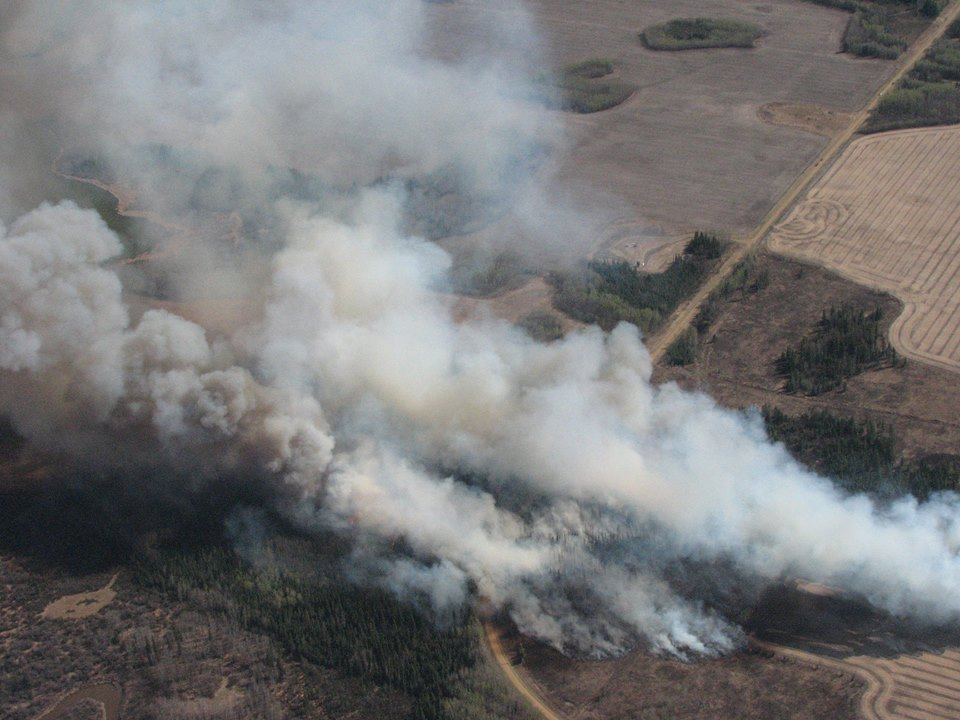 The wildfire in Fort McMurray in May 2016. (Photo: Alberta Wildfire Info's Facebook page)