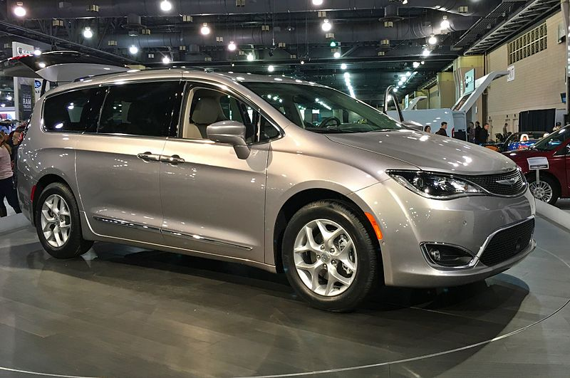 2017 Chrysler Pacifica (Photo: Wikipedia/TastyPoutine)