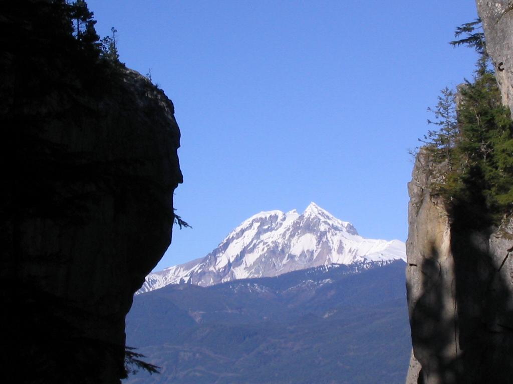 Stawamus Chief Mountain (Photo: Public Domain)