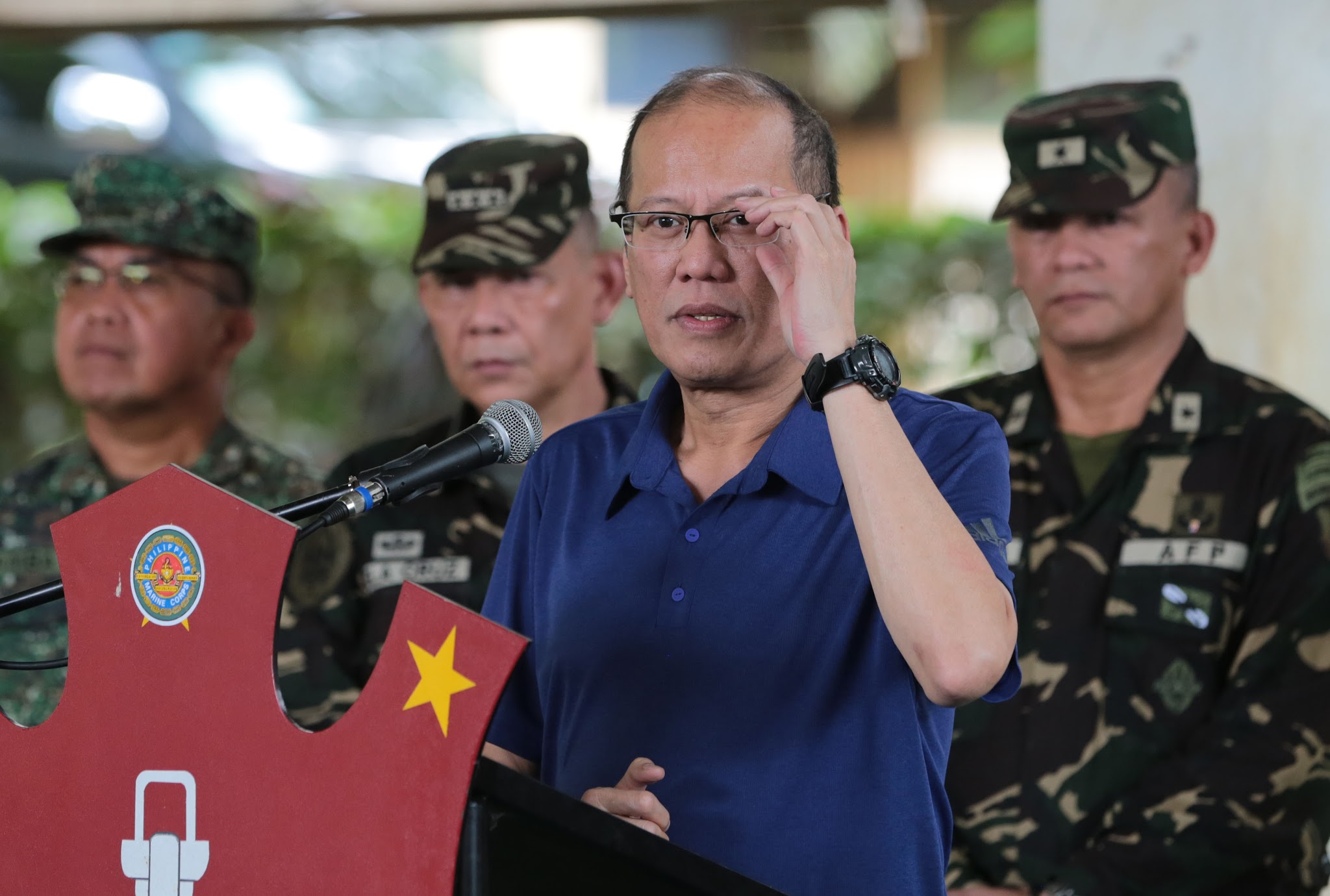 President Benigno S. Aquino lll answers questions from the media after the situational briefing by the Joint Task Force of the Armed Forces of the Philippines at Camp Teodulfo S. Bautista in Bgy. Bus-Bus, Jolo Sulu, Wednesday (June 15). (Photo by Benhur Arcayan / Malacanang Photo Bureau)