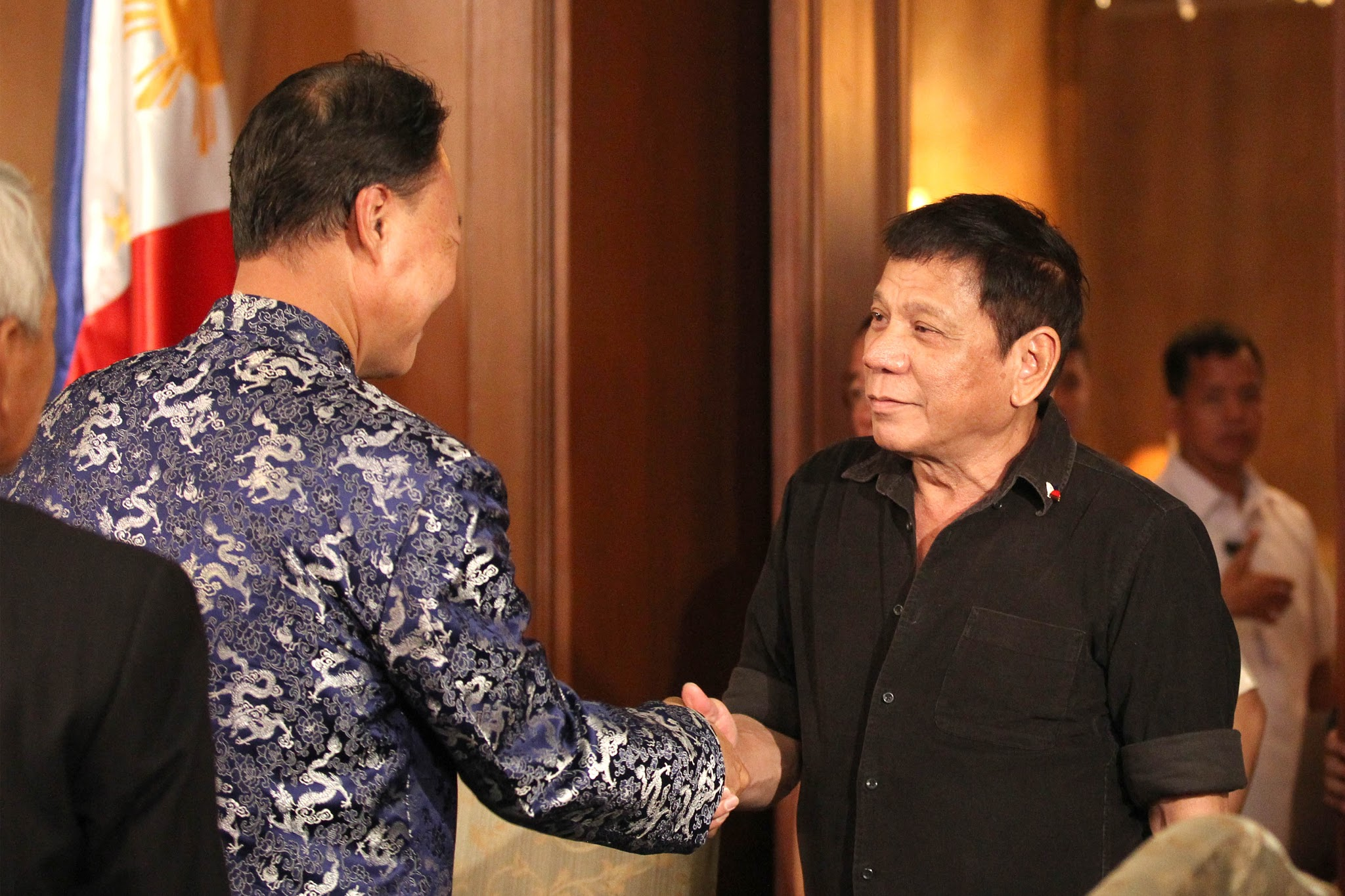 FILE PHOTO: Chinese Ambassador to the Philippines Zhao Jinhua pays a courtesy call on President Rodrigo R. Duterte at Malacañang Palace on July 7, 2016. (Presidential Photographers' Division)