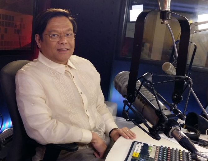 Atty. Mel Sta. Maria, broadcaster and Dean of FEU School of Law. (Twitter photo)