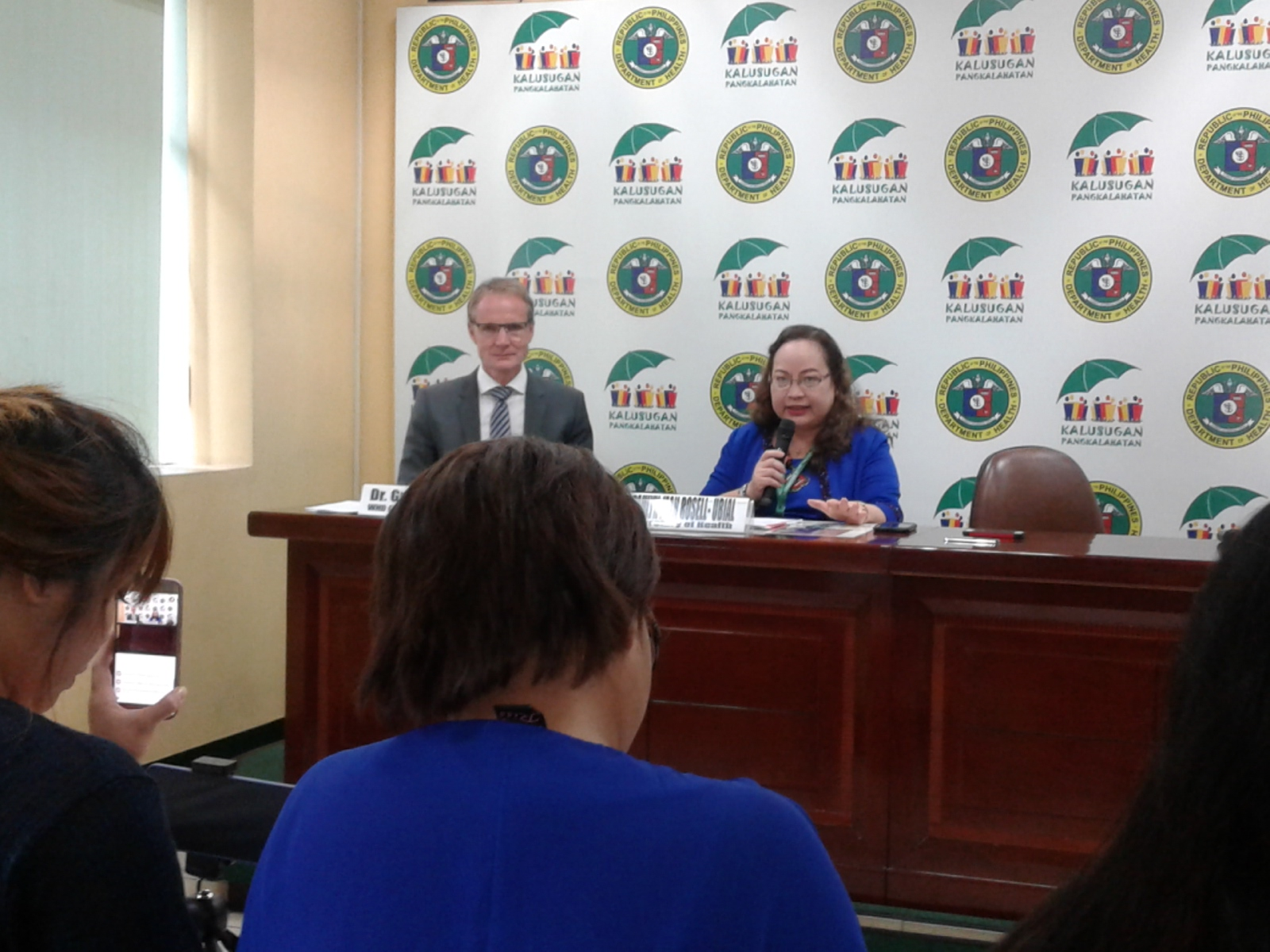 In a press briefing held at the DOH Media Relations Unit in Manila, Health Secretary Paulyn Jean Rosell-Ubial said the two new cases have been staying in the same house in Iloilo City, where the sixth confirmed Zika case detected earlier this month, is living. (PNA photo)