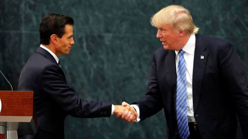 Republican presidential candidate Donald J. Trump shakes hands with Mexican president Enrique Peña Nieto at the Phoenix Convention Center in Arizona where Trump delivered his immigration speech. (Photo: Donald J. Trump/Facebook)