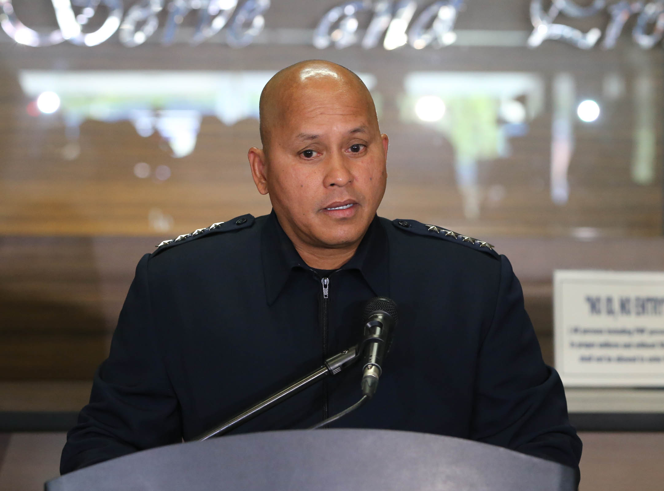 Philippine National Police (PNP) Chief Director General Ronald Dela Rosa delivers his statement during a press conference on Saturday (Sept. 3, 2016) at the National Headquarters Camp Crame, Quezon City, in connection with the explosion that rocked Davao City Friday night. (Photo: Avito Dalan/PNA)