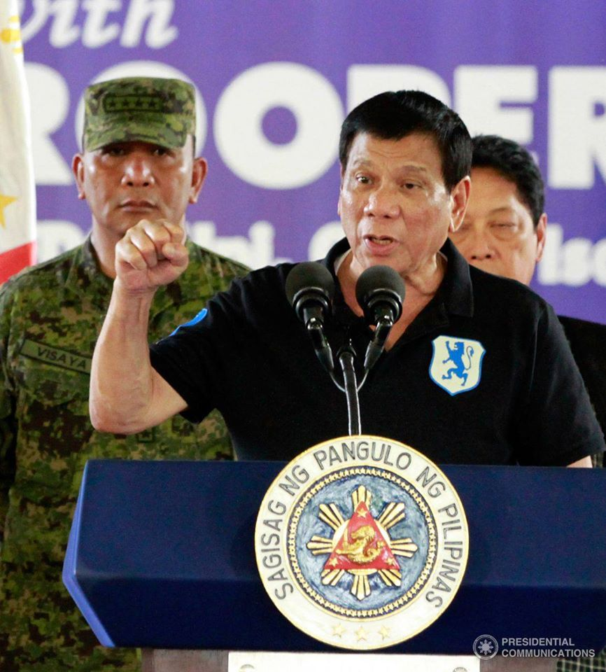 Duterte said during a two-day visit to meet Vietnam's leaders that he wants to establish new trade and commercial alliances with China and Russia, and that the war games were something Beijing does not want. (PCO photo)
