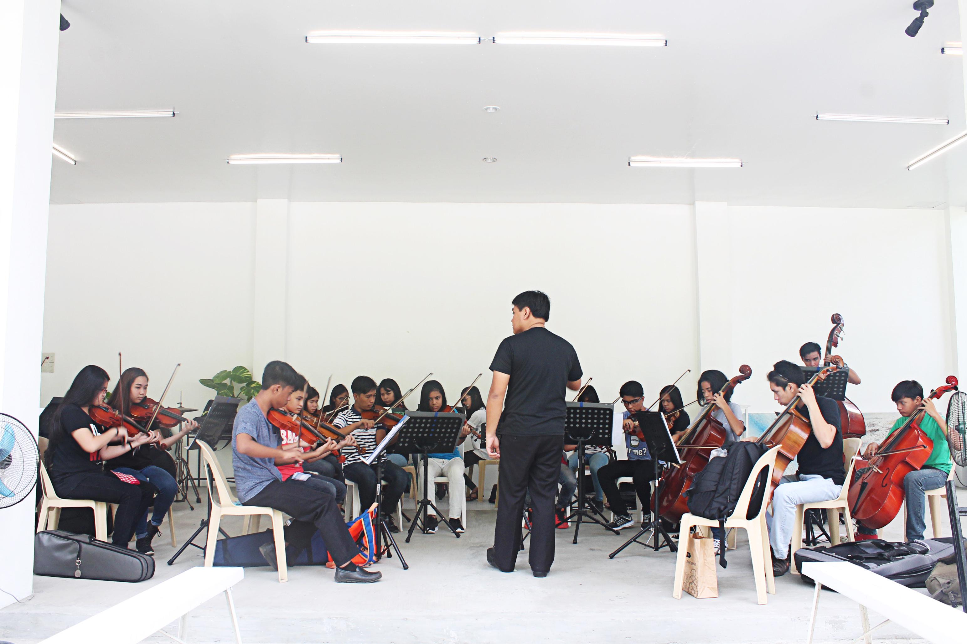 RLSAA Orchestra's rehearsal