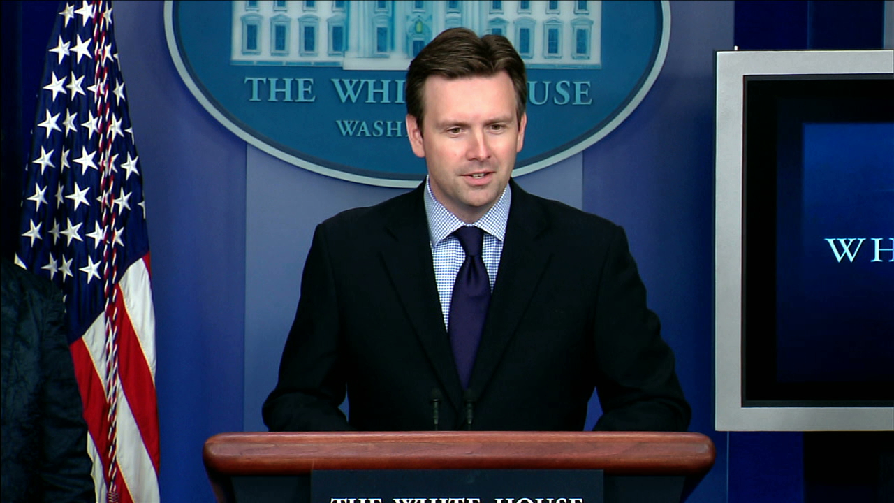 White House spokesman Josh Earnest (pictured) says those comments are at odds with the Philippine government's commitment to the rule of law. (Photo: White House)