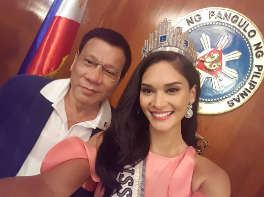 Philippine President Rodrigo Duterte and Miss Universe 2016 Pia Wurtzbach at the Malacañang Palace (Photo from Pia Wurtzbach's Instagram account)
