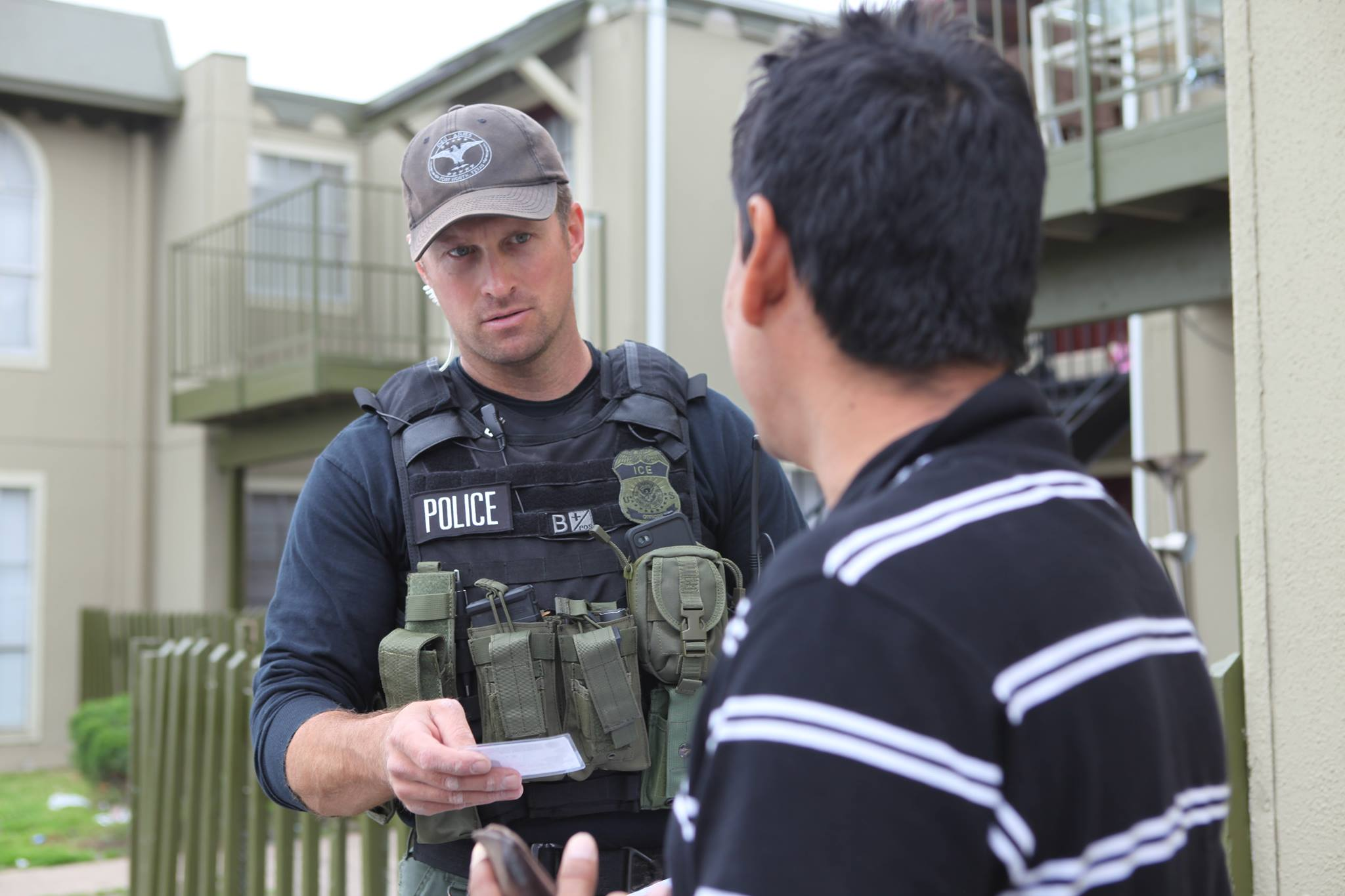 US Immigration and Customs Enforcement agents arrested last week more than 680 people throughout the United States who are a threat to public safety and were in the country illegally, Homeland Security Secretary John Kelly is quoted as saying in a release on Monday. (Photo: Immigration And Customs Enforcement (ICE)/Facebook)