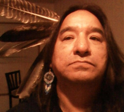 Aboriginal leaders say indigenous artist Moses Beaver has died under what they are calling unexplained circumstances. (Photo: Moses Amik (Beaver/Facebook)