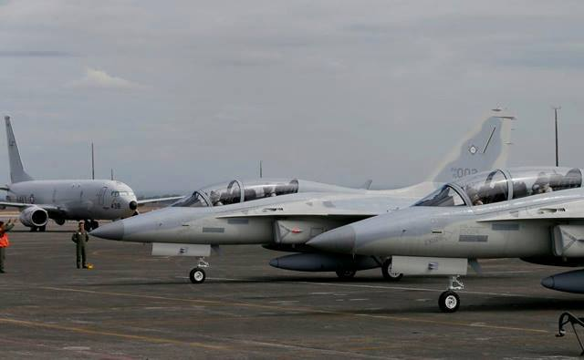 "As of Wednesday morning, the Philippine Air Force (PAF) is the proud owner of six brand-new FA-50PH ""Fighting Eagle"" jet fighters. (Photo: Philippines Defense Forces Forum/Facebook)"