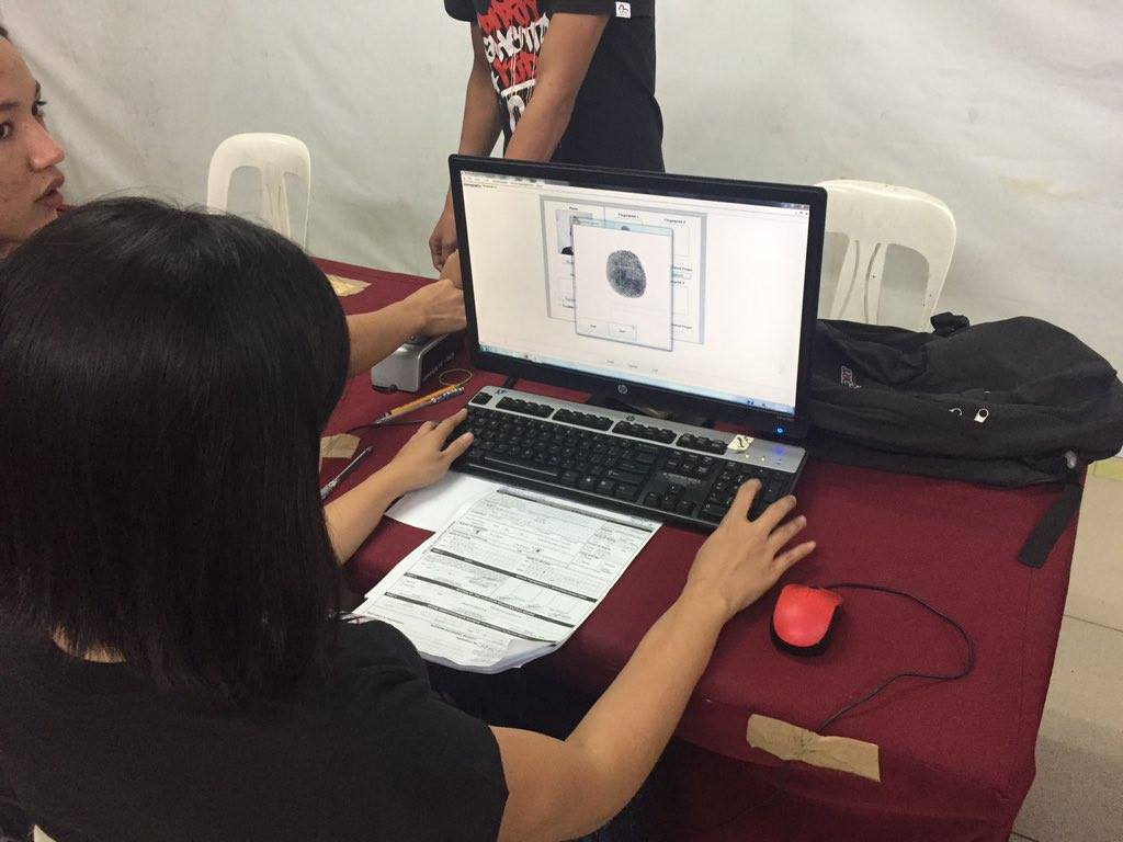The Commission on Elections (Comelec) has received over one million applications for registration in the continuing voter registration nationwide. (Photo: COMELEC Philippines/Facebook)