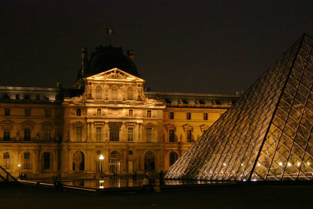 An Egyptian man suspected of charging soldiers at Paris' Louvre museum with a machete was questioned by French investigators Sunday for the first time since the attack. (Photo: Denis Mclaughlin/ Flickr)