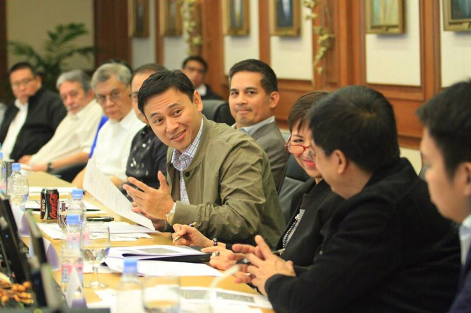 "Angara, chair of the Senate Committee on Local Government, said that more than 26 years have passed since Congress enacted the Code, describing its review as ""long-overdue."" (Photo: Sonny Angara/ Facebook)"