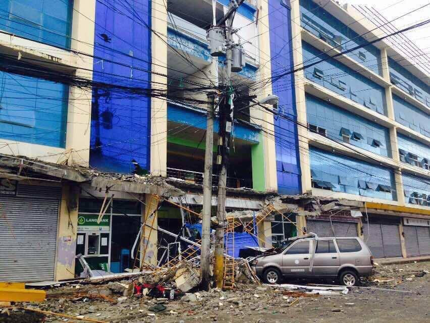 Damaged houses were placed at 1,034, with 155 severely damaged by the earthquake. (Photo: Presidential Communications (Government of the Philippines)/ Facebook)