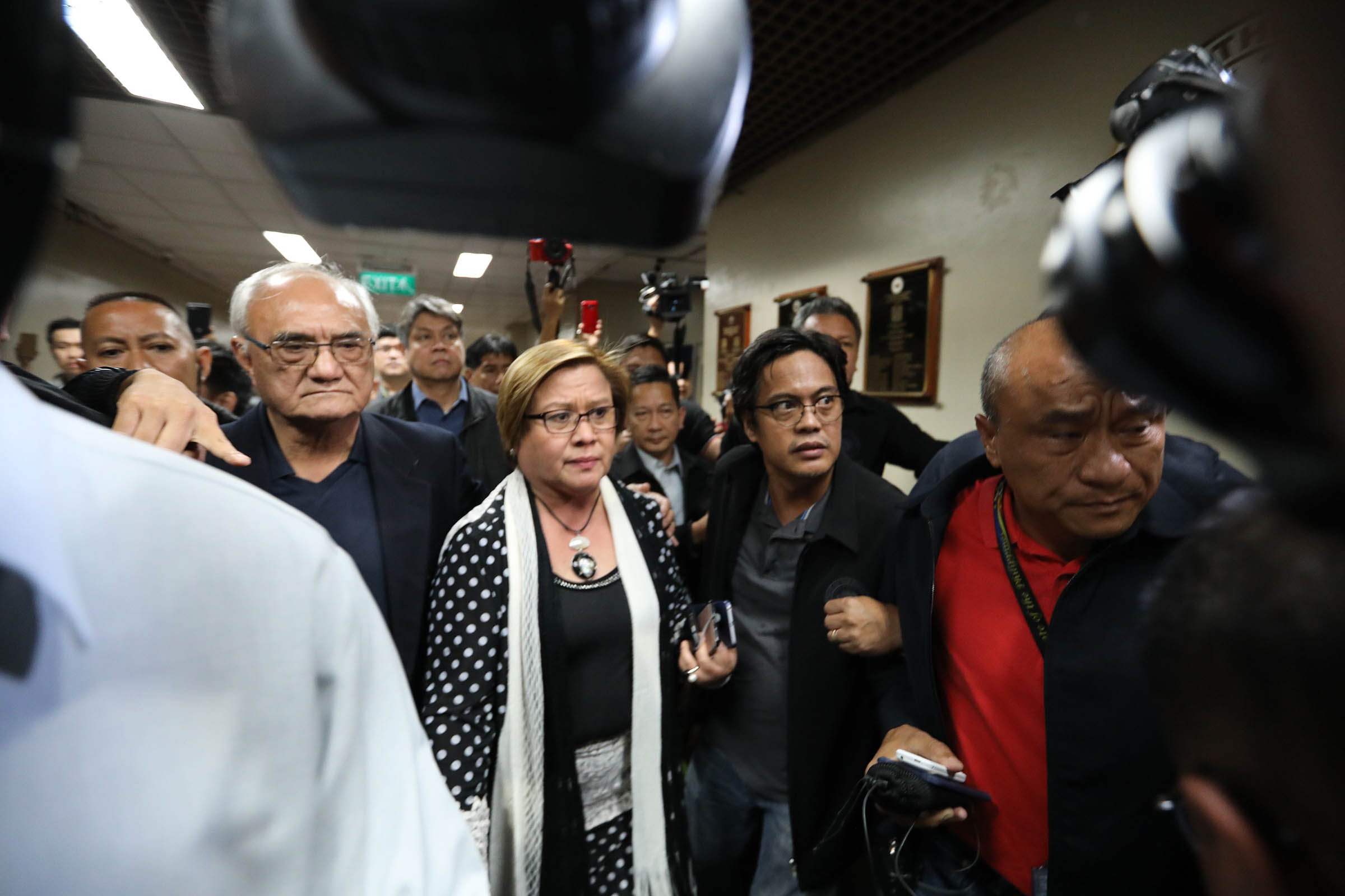 The warrant of arrest issued against Senator Leila de Lima for her alleged involvement in the illegal drug trade gives her the opportunity to clear her name, Palace officials said Thursday. (Photo by Avito C. Dalan/PNA)