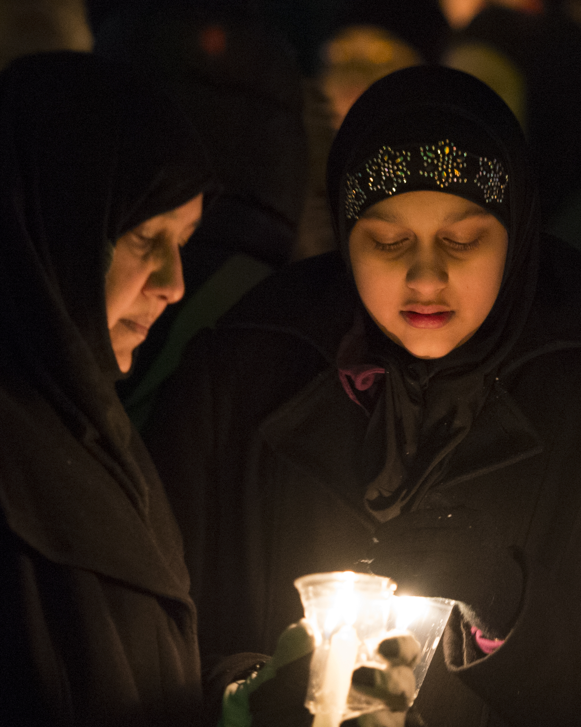 A candlelight vigil was held at the Alberta Legislature in Edmonton on Monday evening, January 30, 2017 for the people who were killed and wounded in a shooting at a Québec City mosque during evening prayers on Sunday, January 29. (Photography by Chris Schwarz/Government of Alberta)