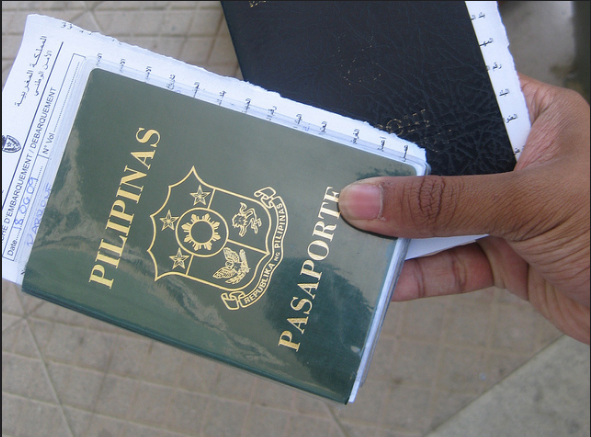 The Department of Foreign Affairs (DFA) on Saturday wishes to remind the public that all new passport applications and renewals processed on Saturdays and during consular outreach missions are subject to the Express Processing Fee of Php 1,200. (Photo: Jerick Parrone/ Flcikr)