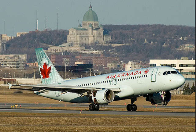 Air Canada spokeswoman Isabelle Arthur says the aircraft's landing gear left the runway for a short distance when landing Friday night. (Photo: BriYYZ/ Flickr)