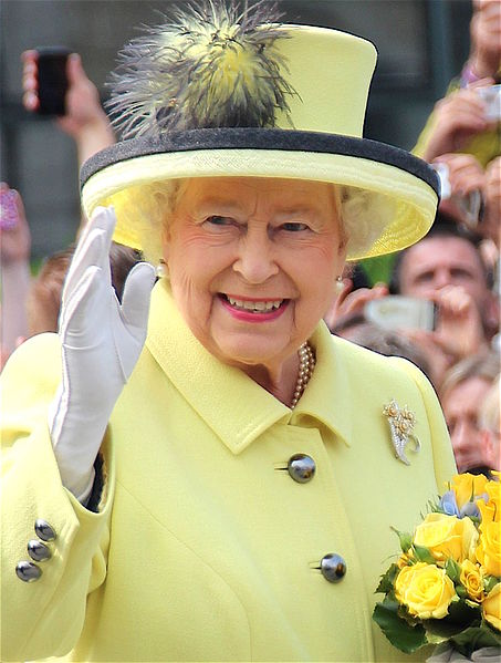 Thousands of British gay men granted pardons by Queen Elizabeth (By PolizeiBerlin (Own work) [CC BY-SA 4.0)