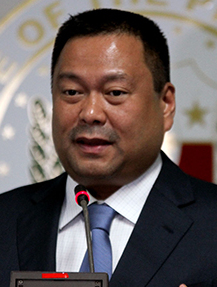 Sen. Joseph Victor Ejercito made this remark citing how the production of housing units have increased dramatically since Pres. Rodrigo Duterte appointed Cabinet Secretary Leoncio Evasco and Undersecretary Wendel Avisado to head the Housing and Urban Development Coordinating Council (HUDCC) and the Yolanda Rehabilitation efforts, respectively. (Photo by Cesar Tomambo - Public Relation and Information Bureau (original here), Senate of the Philippines, Public Domain,)