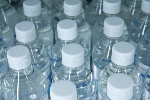 The health department has been distributing drinking water and disinfecting solutions to victims of the 6.7-magnitude earthquake that rattled Surigao City, Surigao del Norte province last Friday. (Photo: Steven Depolo/Flickr)