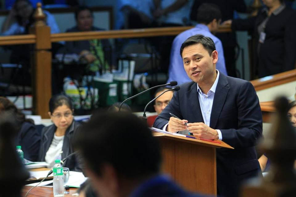 Angara on Wednesday pushed anew for the passage of Senate Bill 1329, which seeks free dialysis treatment to indigent patients in all hospitals in the country. (Photo: Sonny Angara/ Facebook)