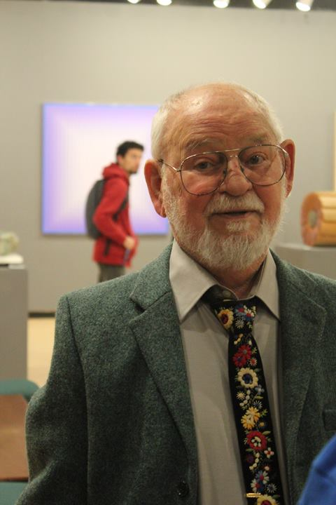 Julian Stanczak, an artist known worldwide for his brightly colored, geometric Op art, has died. He was 88. (Photo: Julian Stanczak/Facebook)