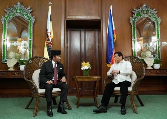 The Philippines and Brunei on Thursday committed to further broaden and intensify cooperation in the areas of trade, security and peace. (PNA photo)