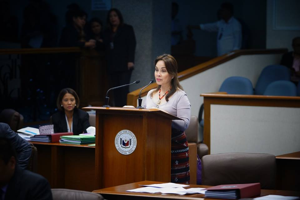 """""""We never know when an earthquake will occur. But we should know what to do before, during and after the occurrence of such events. Regular safety drills should be done to familiarize citizens with safety and disaster preparedness measures,"""" said Legarda, a United Nations International Strategy for Disaster Reduction Global (UNISDR) Champion for Resilience. (Photo: Senator Loren Legarda/ Facebook)"""