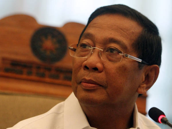 "Former Vice President Jejomar ""Jojo"" Binay, Sr. and his son former Makati City Mayor Jejomar Erwin ""Junjun"" Binay, Jr. have asked the Sandiganbayan to allow them to travel to Israel in May for a pilgrimage. (Photo: Jejomar Binay/Facebook)"