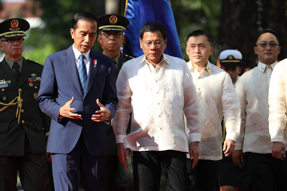 President Rodrigo Duterte and Indonesian President Joko Widodo on Friday lauded the upcoming opening of a new maritime route between the Philippines and Indonesia, saying the development affirms the two countries' renewed commitment to further strengthen bilateral ties. (Photo: Daily Duterte/Facebook)