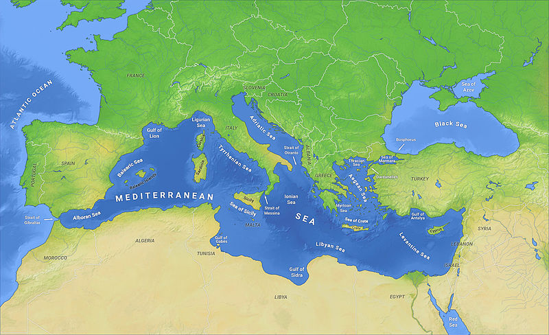 This unprecedented situation serves as evidence of the deteriorating humanitarian crisis in the Central Mediterranean. (Photo: O H 237/ WIkipedia)