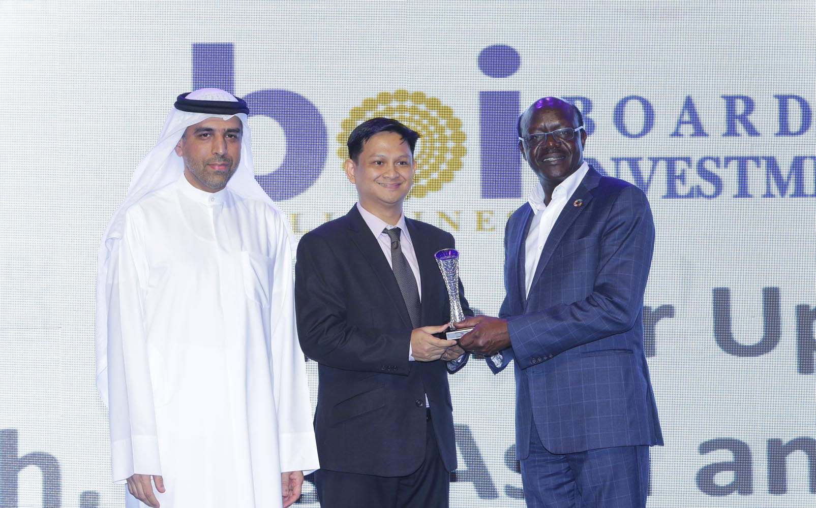 The Philippine Board of Investments (BOI) has proven once again its service excellence in promoting and driving strategic and socially-relevant investments in the country as the agency was recently conferred as Second Best Investment Promotion Agency (IPA) among countries of the Southeast Asia and Oceana (SEAO) region in the 2017 Annual Investment Meeting (AIM) Awards held in Dubai. (PNA photo)