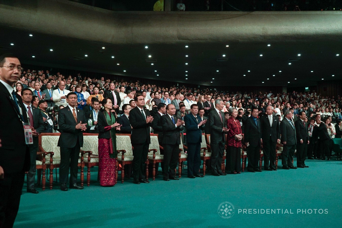 President Rodrigo Roa Duterte and leaders and representatives of the Association of Southeast Asian Nations (ASEAN) member states applaud as they witness the program during the closing ceremony of 31st ASEAN Summit and Related Summits at the Philippine International Convention Center on November 14, 2017. KING RODRIGUEZ/PRESIDENTIAL PHOTO