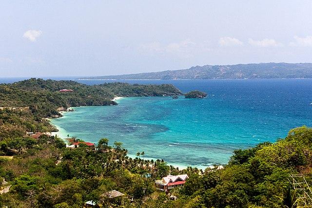 Boracay Island (Photo By: Alexey Komarov, CC BY 3.0)