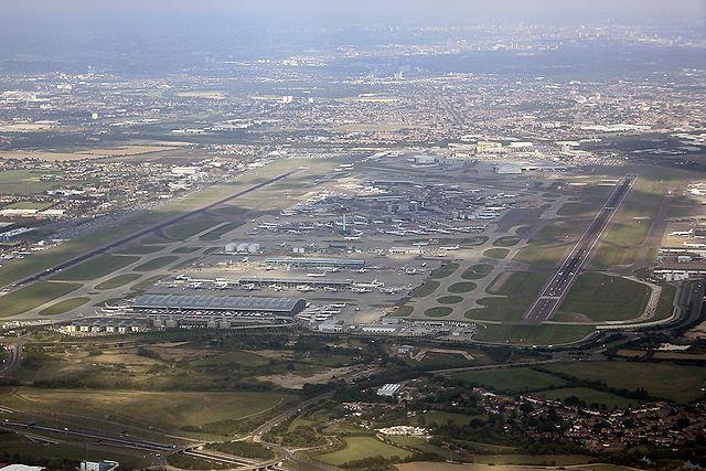 London - Heathrow (LHR - EGLL) AN1572653 (Photo By Konstantin Von Wedelstaedt - Gallery page http://www.airliners.net/photo//1572653/LPhoto http://cdn-www.airliners.net/aviation-photos/photos/3/5/6/1572653.jpg, GFDL 1.2)