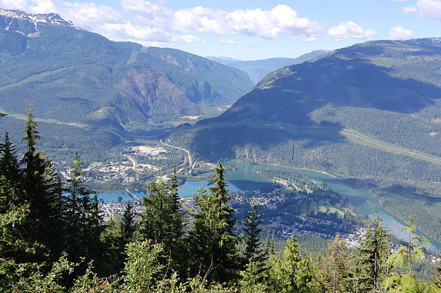 Revelstoke from Mount Revelstoke National Park (Photo By Darren Kirby - Own work, CC BY-SA 3.0)