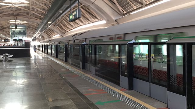 25 injured as SMRT trains collide at Joo Koon MRT Station